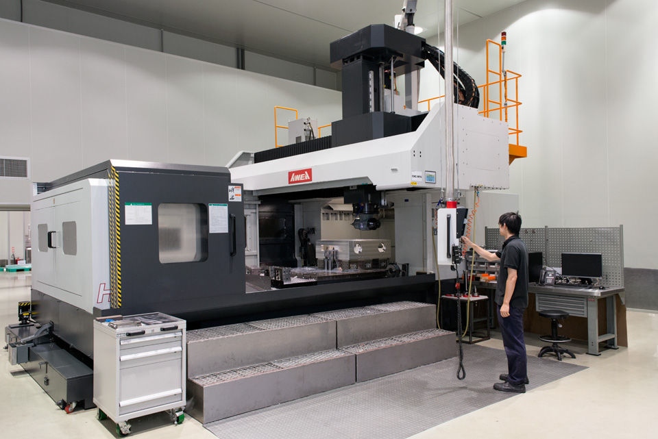 CNC-Type-CNC-Machine